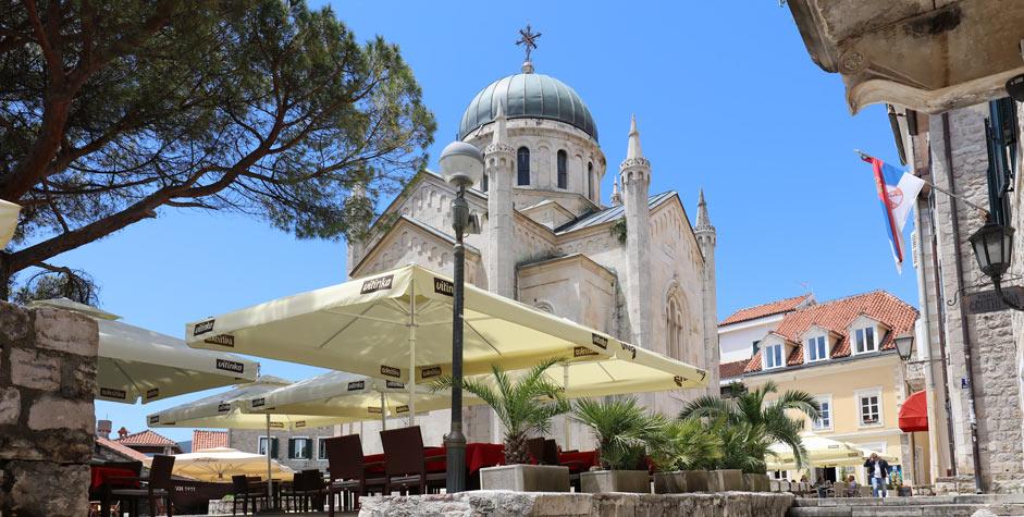 Herceg Novi kirkko