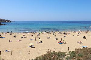 Malta rannat Golden Bay