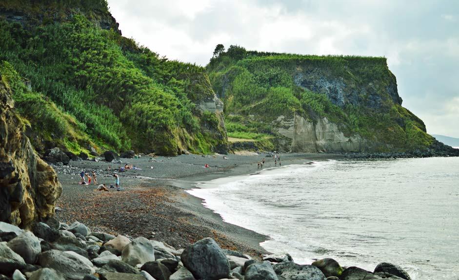 Praia da Viola, Azorit